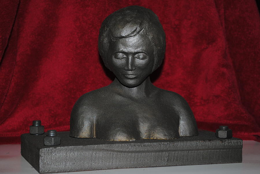 Iron Maiden I Sculpture
