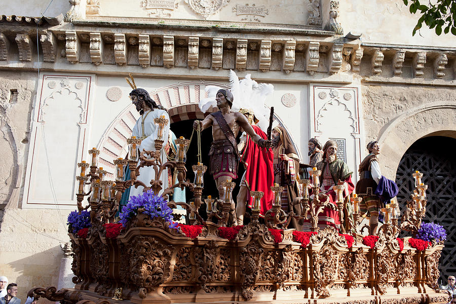 Jesus Christ And Roman Soldiers On Procession Photograph