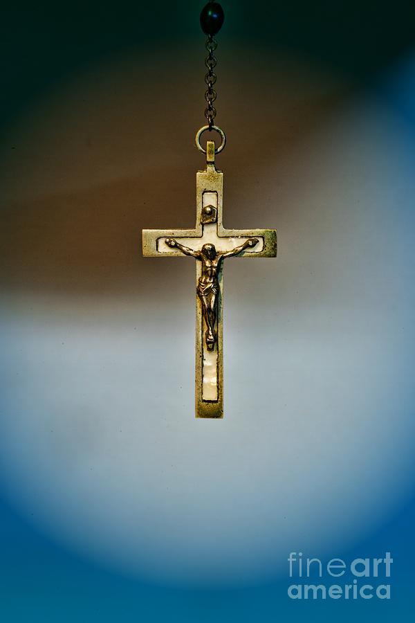 Paul Ward Photograph - Jesus On The Cross 4 by Paul Ward