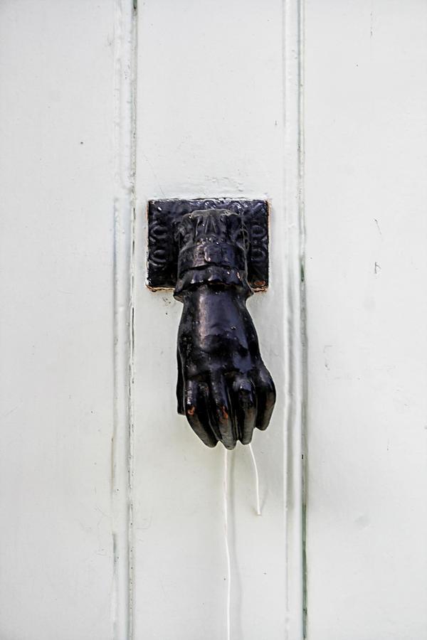 Door Knocker Photograph - Knock Knock by Georgia Fowler