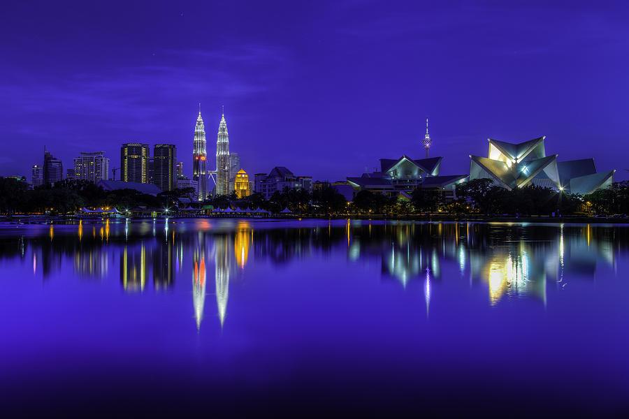 Kuala Lumpur Skyline Photograph - Kuala Lumpur Skyline by Mario Legaspi