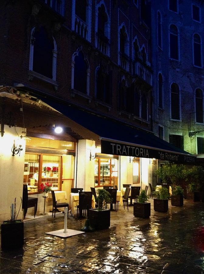 La Robertos Trattoria On A Rainy Eve Photograph  - La Robertos Trattoria On A Rainy Eve Fine Art Print