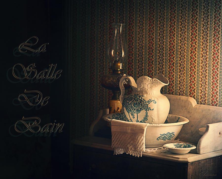 La salle de bain photograph by maria angelica maira for Radio salle de bain