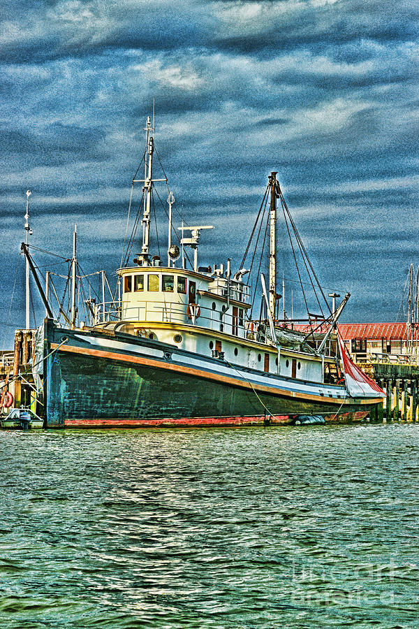 Large fishing boat hdr photograph by randy harris for Large fishing boats