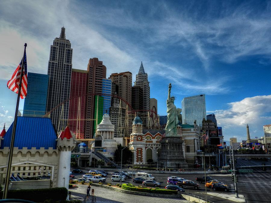 Las Vegas Photograph - Las Vegas 051 by Lance Vaughn