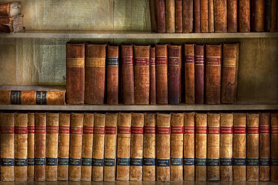 bookshelf wallpaper next