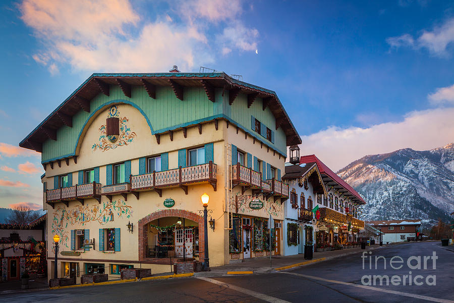 America Photograph - Leavenworth Alps by Inge Johnsson