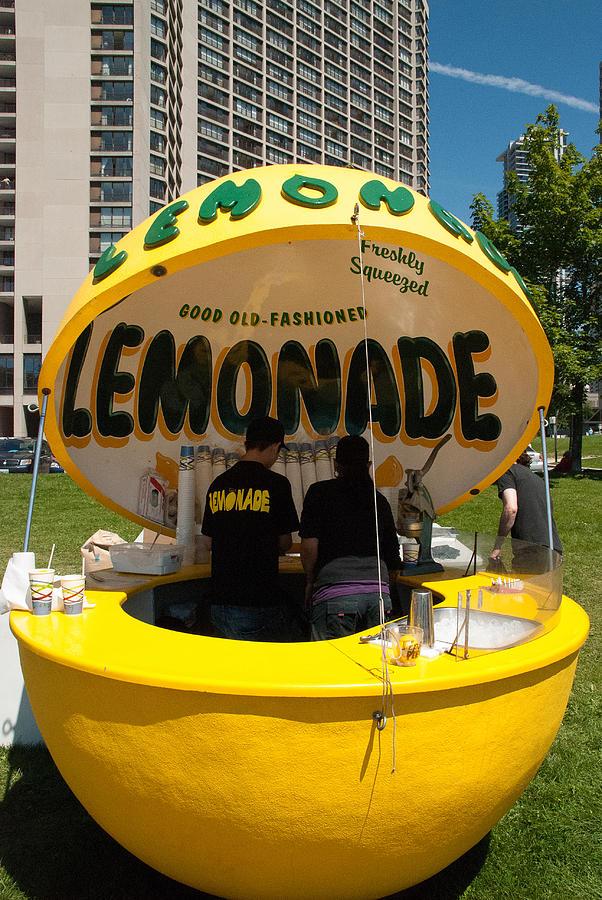Lemonade stand toronto canada photograph by robert ford for Lemon shaped lemonade stand