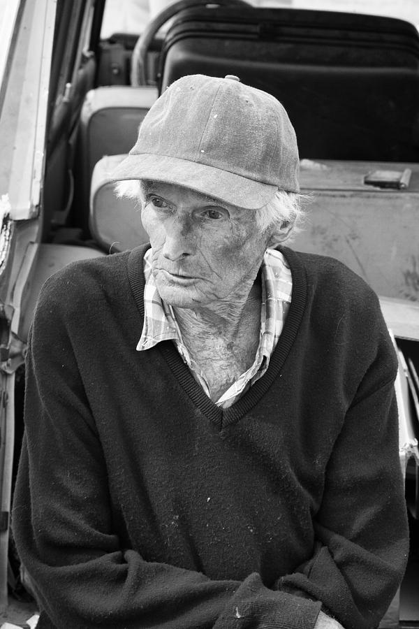 Leonard Knight Photograph - Leonard Knight by Hugh Smith