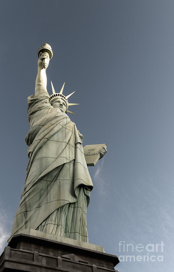 Liberty Enlightening The World Photograph