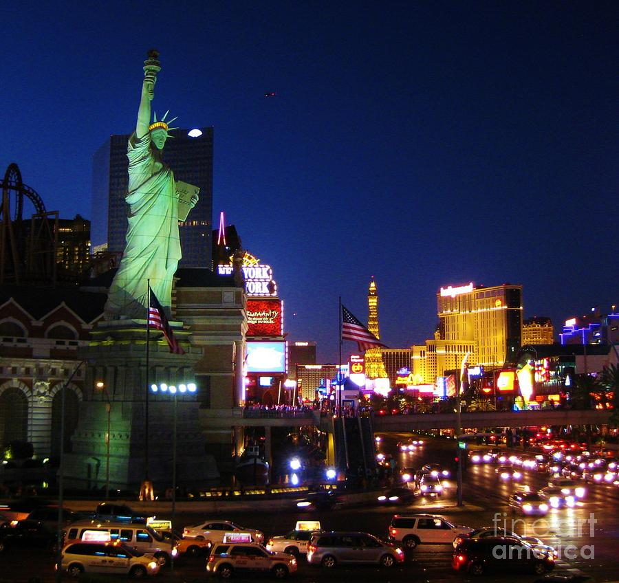 Liberty In Vegas Photograph  - Liberty In Vegas Fine Art Print