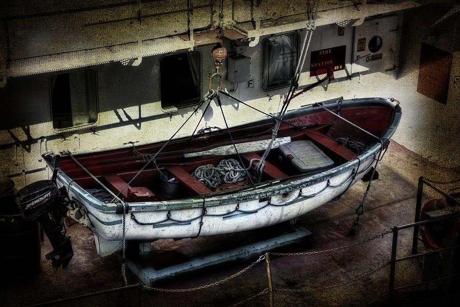 Evie Photograph - Lifeboat by Evie Carrier
