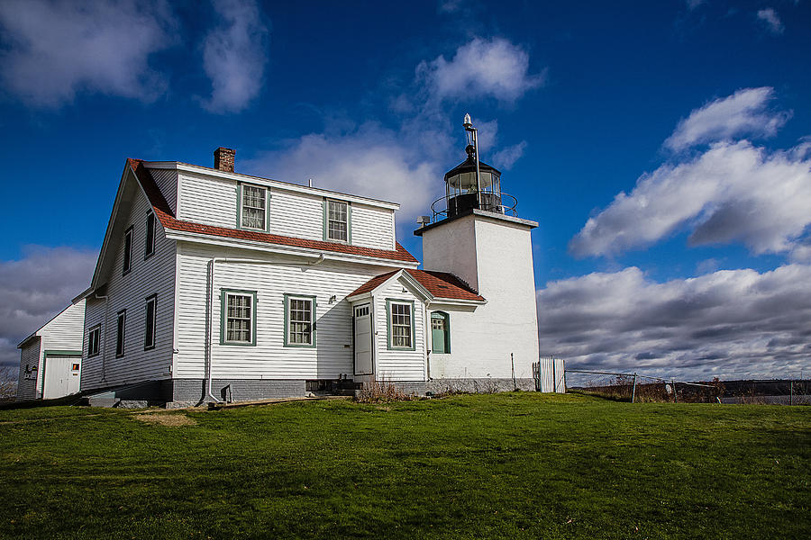 Fort Point Lighthouse Photograph - Lighthouse Fever by Robert Clifford