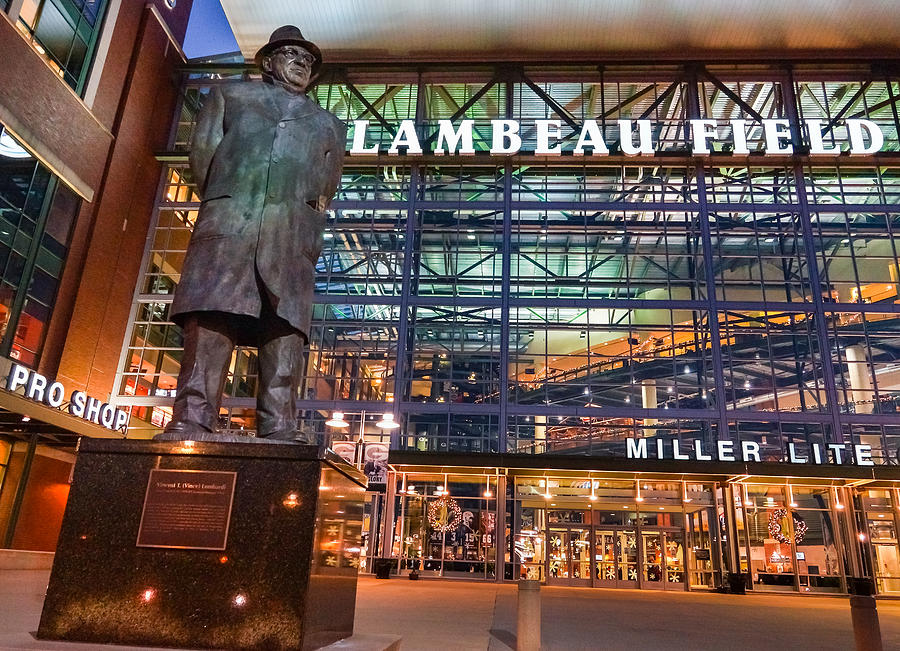 Lombardi At Lambeau Photograph By Bill Pevlor