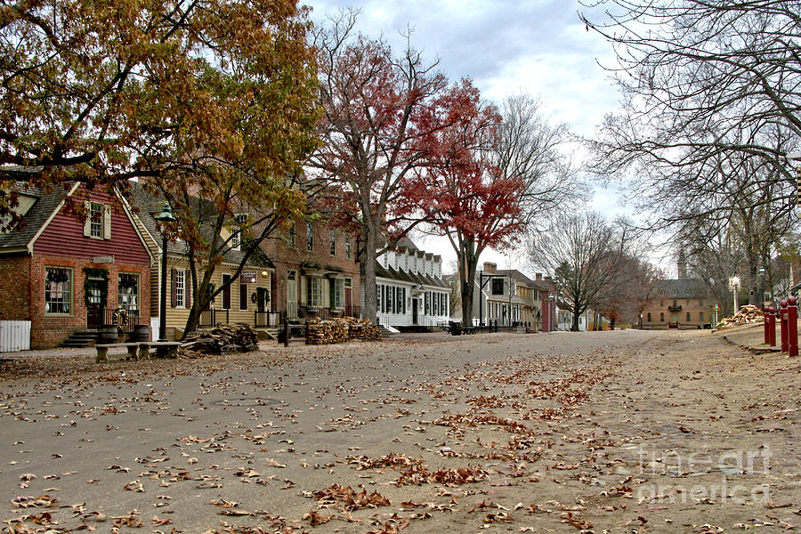Williamsburg Photograph - Lonely Colonial Williamsburg by Olivier Le Queinec