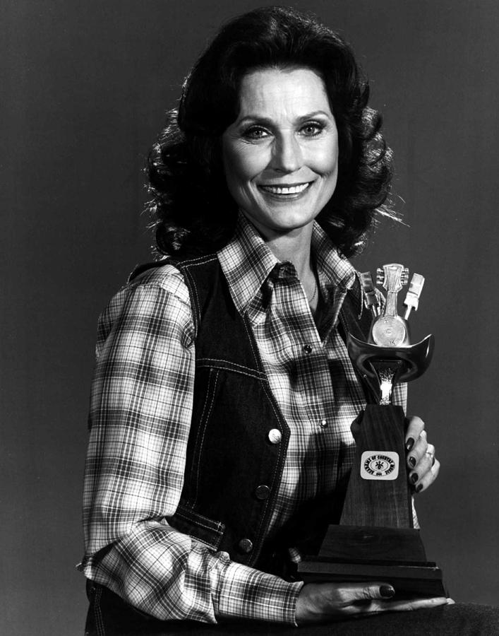 Retro Images Archive Photograph - Loretta Lynn With Award by Retro Images Archive