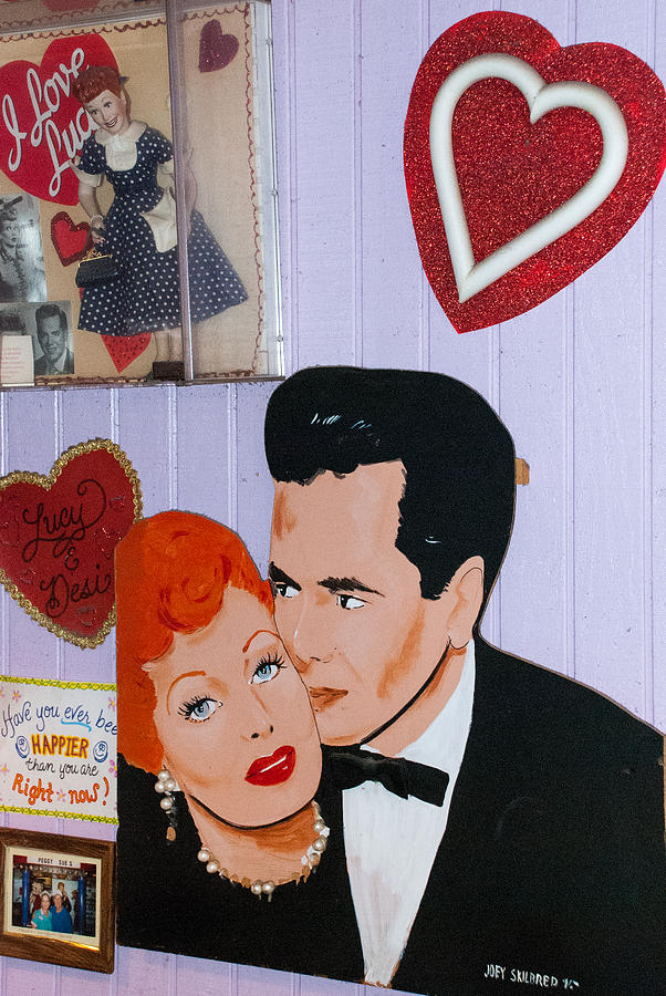 Lucille Ball At Peggy Sues Diner In Yermo California Photograph
