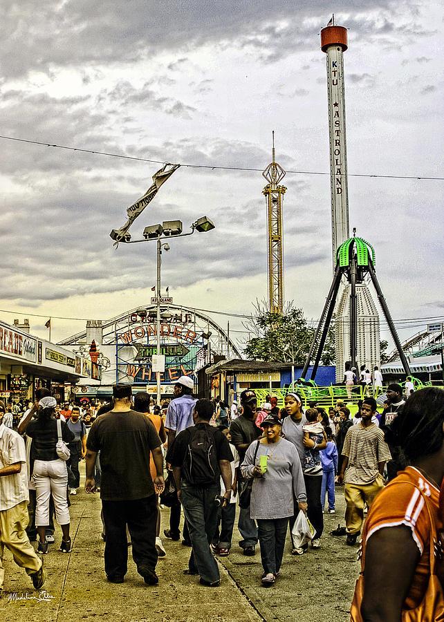 Luna Park - Coney Island - Bklyn - Ny Photograph
