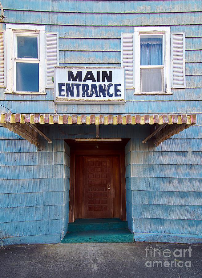 Main Entrance Photograph