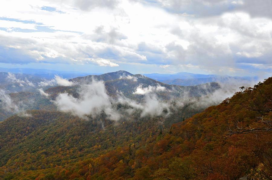 Mountains Photograph - Majestic Autumn by Susan Leggett