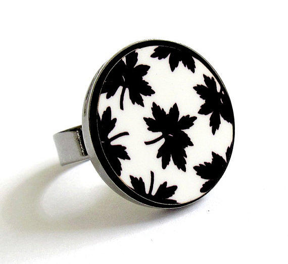 Maple Leaves In Black And White Ring Jewelry