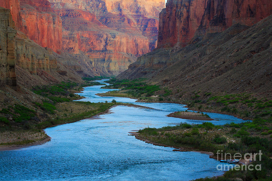 America Photograph - Marble Canyon Rafters by Inge Johnsson