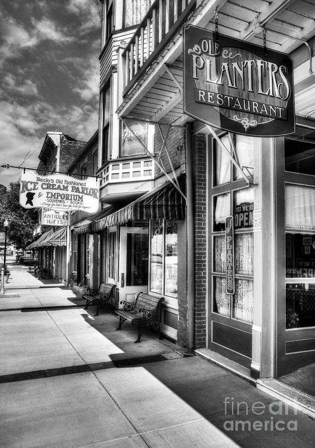Mark Twains Town Bw Photograph