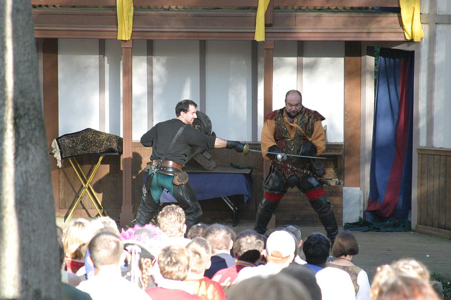 Maryland Photograph - Maryland Renaissance Festival - Hack And Slash - 12128 by DC Photographer