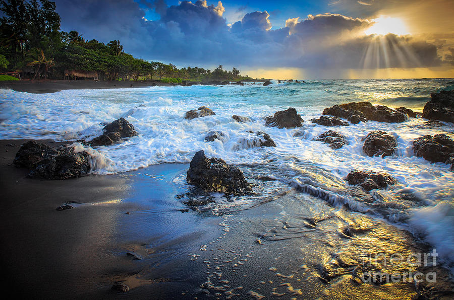 America Photograph - Maui Dawn by Inge Johnsson