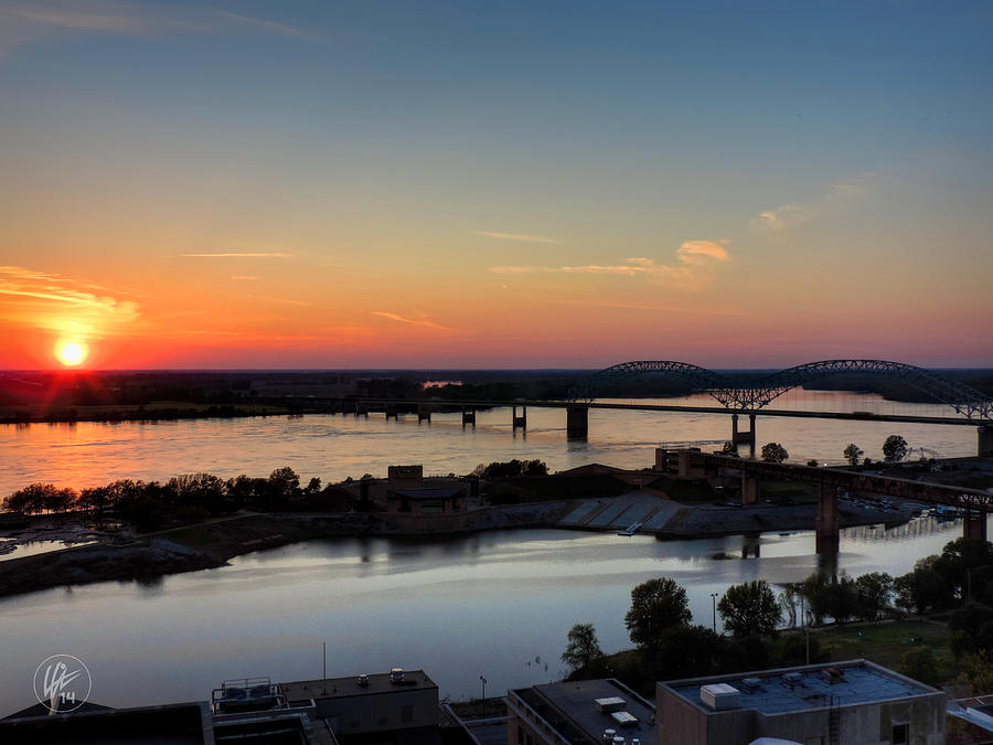 Memphis Photograph - Memphis Sunset On The Mississippi 001 by Lance Vaughn