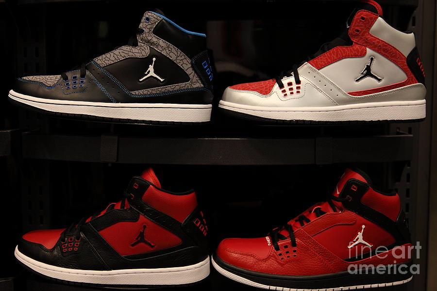 Mens Sports Shoes - 5d20653 Photograph