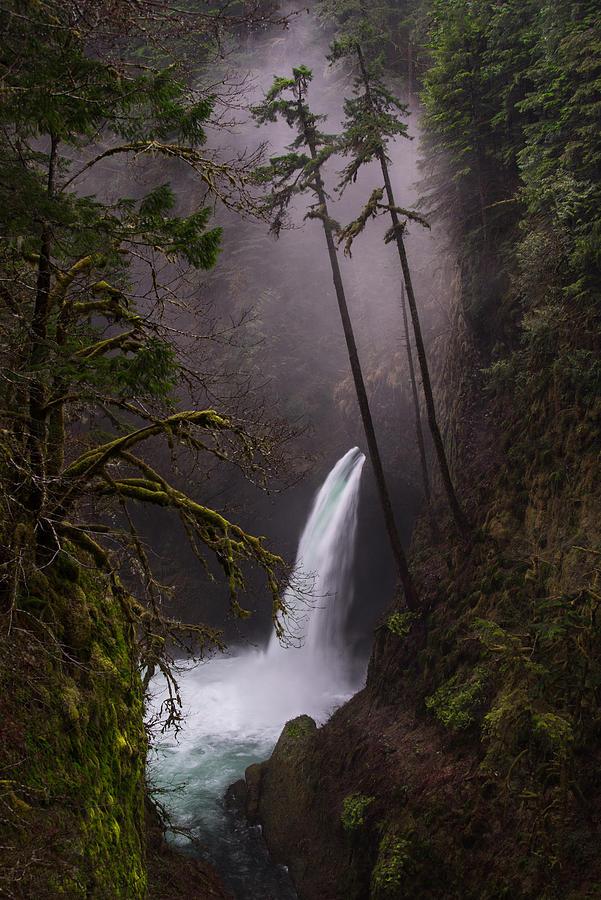 Larry Marshall Photography Photograph - Metlako Falls Oregon by Larry Marshall
