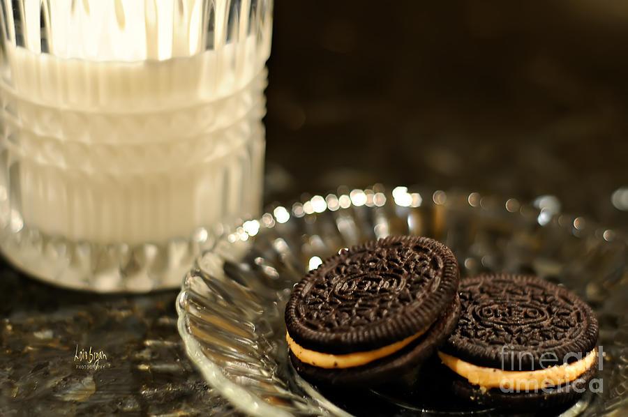 Midnight Snack Photograph