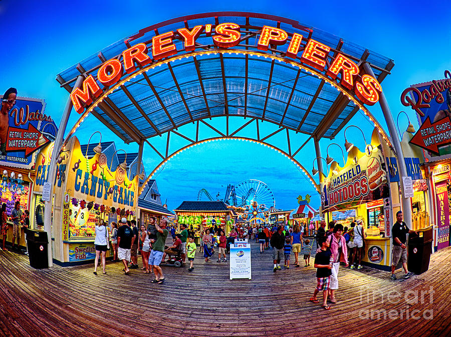 156 Foot Tall Photograph - Moreys Piers In Wildwood by Mark Miller
