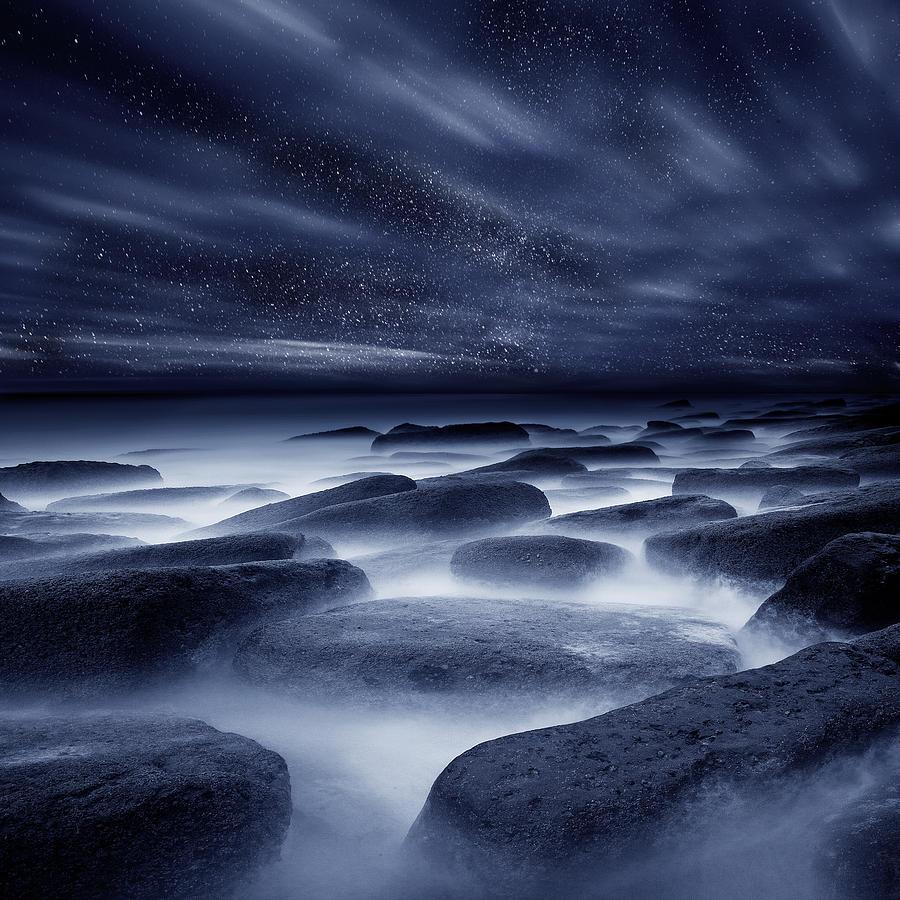 Night Photograph - Morpheus Kingdom by Jorge Maia