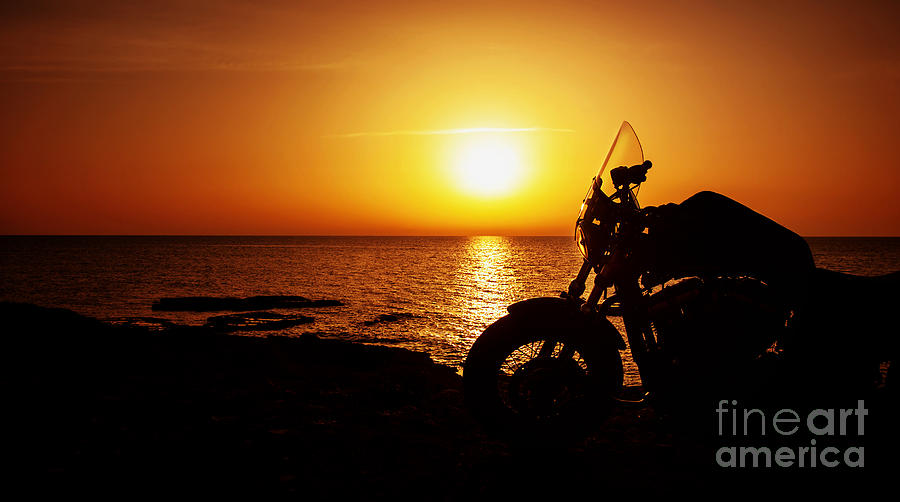 The gallery for --> Motorcycle Couple Sunset