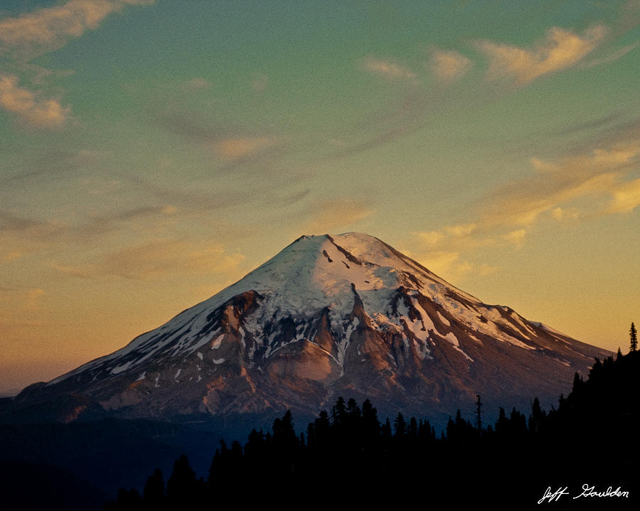 Mount Saint Helens At Sunset Before The Eruption ...