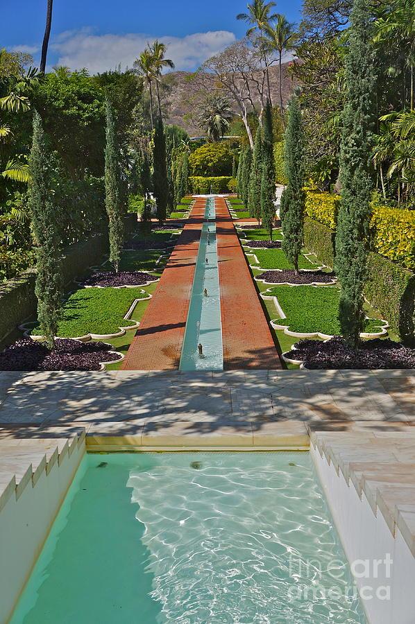 Mughal Garden Shangri La Photograph