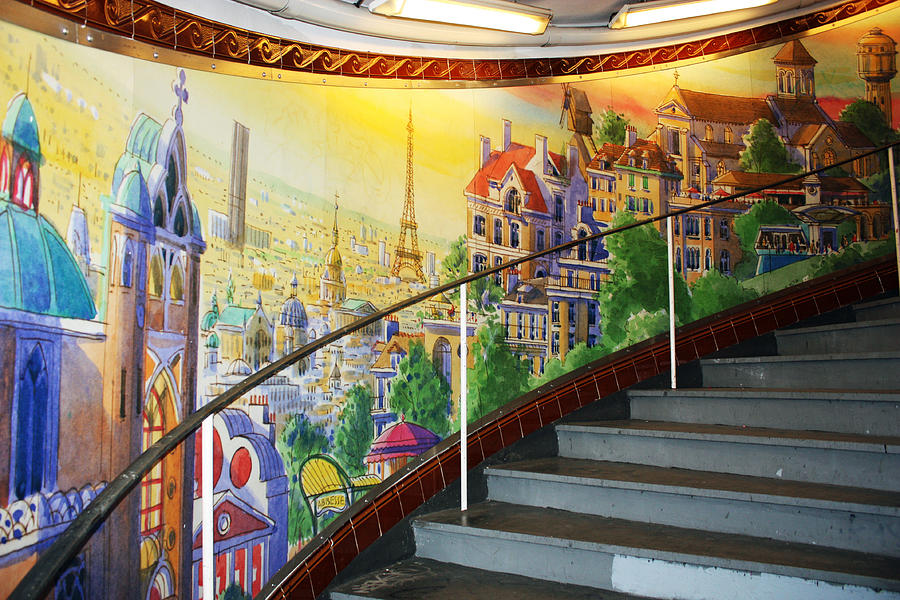 Paris Photograph - Mural In The Paris Metro by Kathy Yates