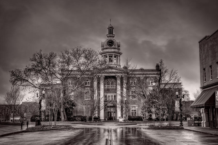 Capitol Photograph - Murfreesboro Town Hall by Brett Engle
