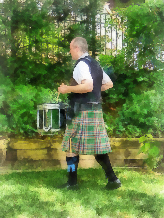 Drum Photograph - Music - Drummer In Pipe Band by Susan Savad