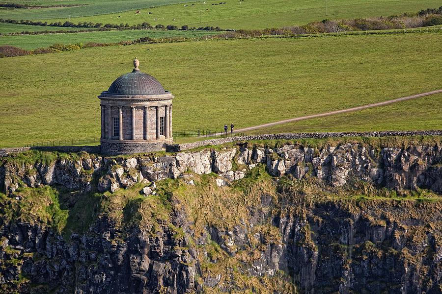 - mussenden-temple-castlerock-colin-bailie