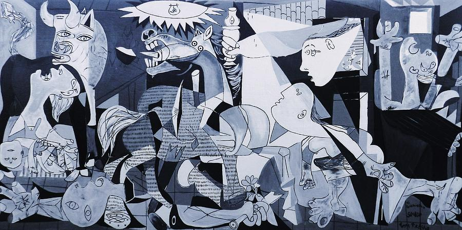 The gallery for guernica high resolution for Mural guernica