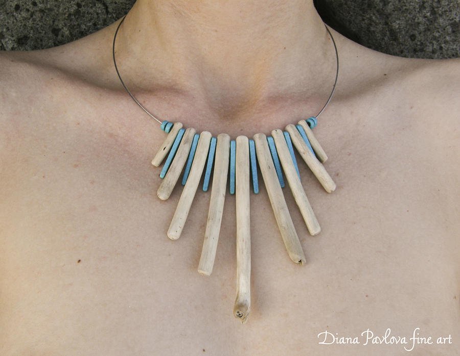 Necklace With Driftwood And Blue Color Ceramic Beads Jewelry