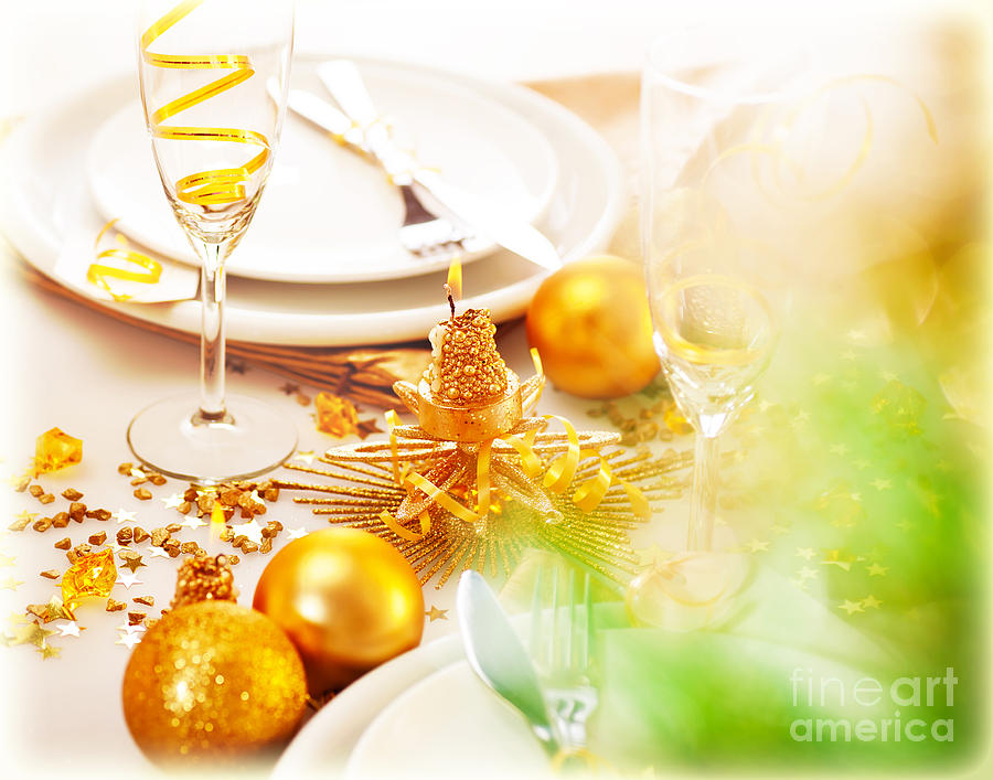 New years dinner table decor photograph new year table dec for Decoration jour de l an