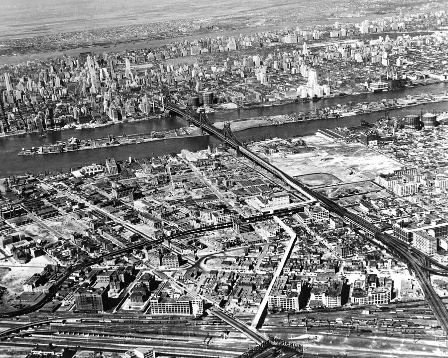 1937 Photograph - New York 1937 Aerial View  by Underwood Archives