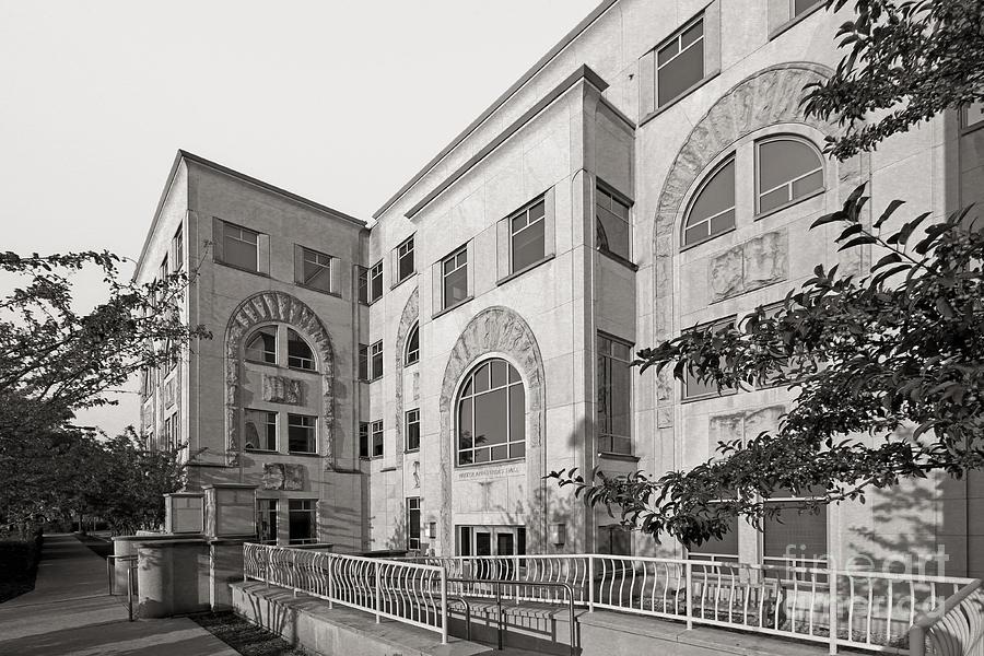 Northwestern University Annenberg Hall Photograph