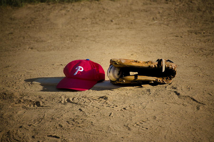 Now Photograph - Now Pitching For The Phillies by Bill Cannon
