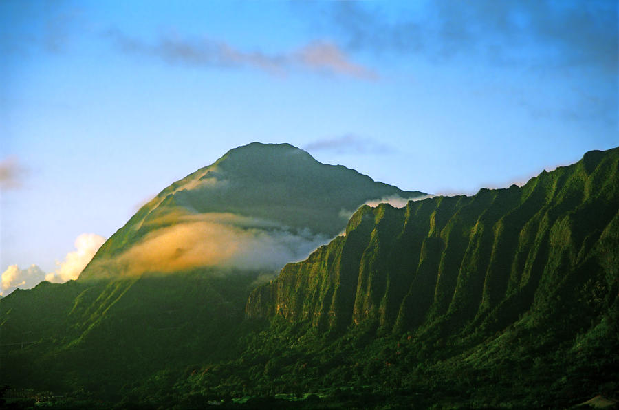Nuuanu Pali At Sunrise Photograph