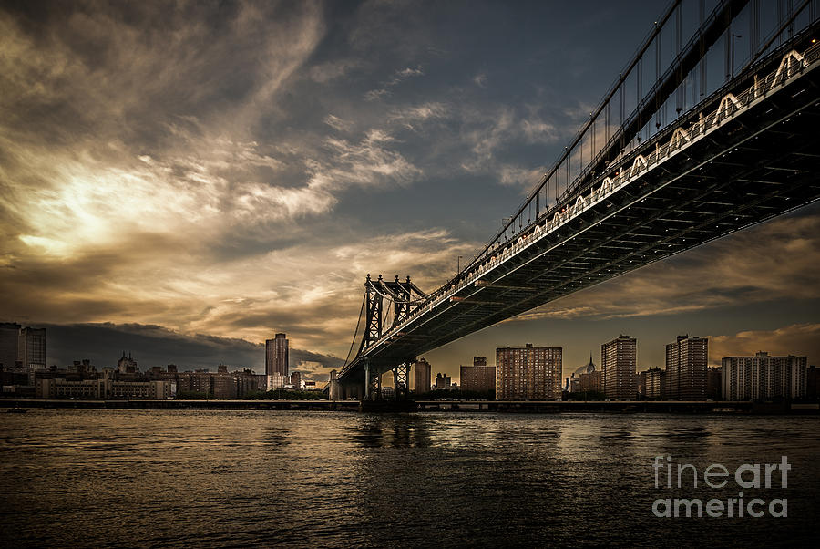 Nyc - Manhatten Bridge - Hdr- Sun Photograph